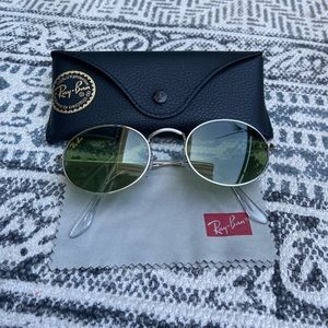 RAY-BAN Oval Gold Legend Sunglasses RB3547